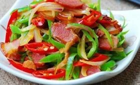 臘肉椒炒洋蔥