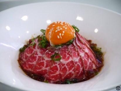 炙燒和風生牛肉